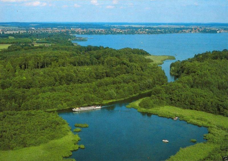Ansichtskarte, Waren Müritz, Luftbildansicht der Landschaft bei Waren, um 1992