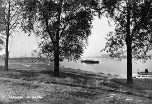 Ansichtskarte, Schönebeck Elbe, Partie an der Elbe, 1967