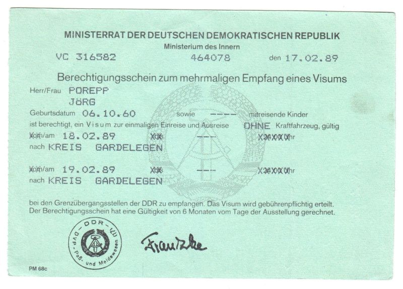 Visaunterlagen zur Einreise in die DDR und Beleg Zwangsumtausch, 1987/89 1