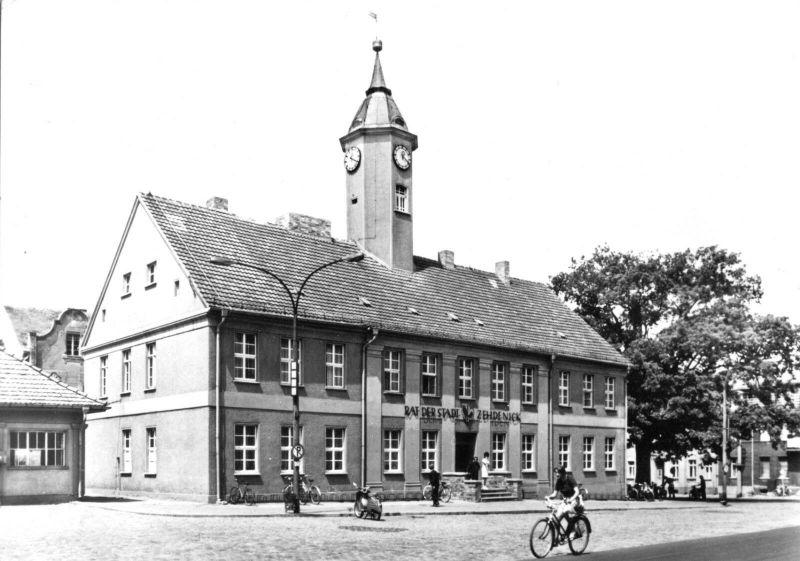 Ansichtskarte, Zehdenick Kr. Gransee, Blick zum Rathaus, 1981