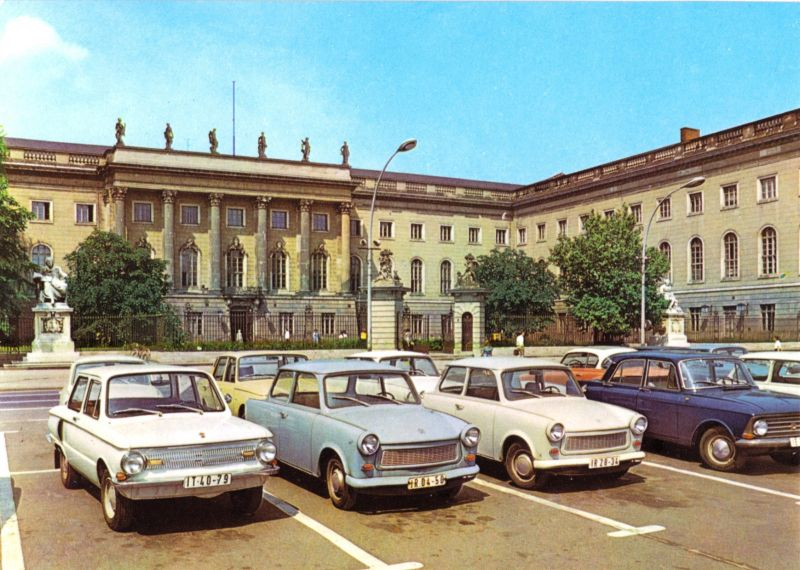 Ansichtskarte, Berlin Mitte, Humboldt-Universität, Straßenfront, zeitgen. Pkw, 1973