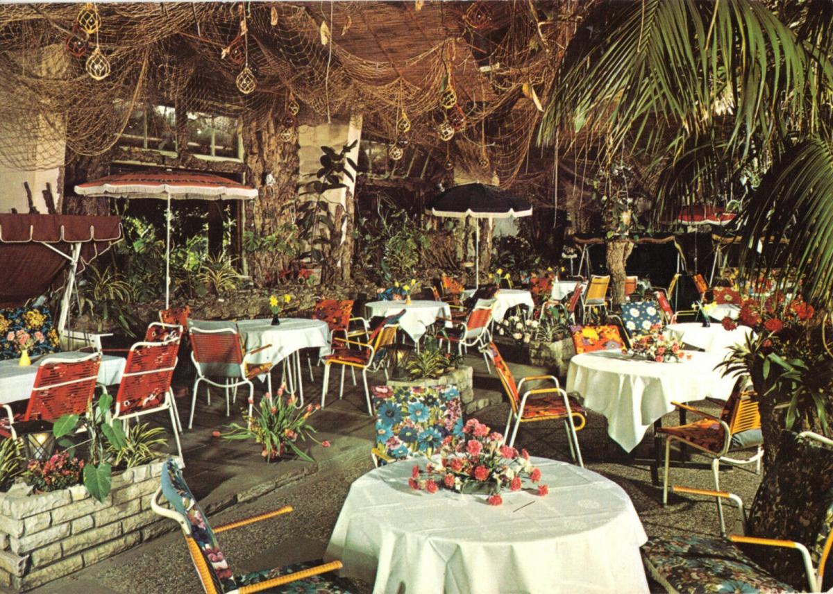 Ansichtskarte, Bremen 44, Café Subtropia, Gastraum, Vahrener Str. 239, 1976