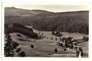 Ansichtskarte, Johanngeorgenstadt, Gasthaus Höllengrund mit Blick zum Auersberg, 1936