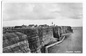 Ansichtskarte, Insel Helgoland, Teilansicht der Westküste mit Leuchtturm, um 1935