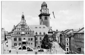 Ansichtskarte, Plauen Vogtl., Partie am Rathaus, belebt, 1961