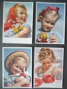 4 Ansichtskarte Kinder mit Blumen Spielzeug / Carl Werner Verlag ca. 1940
