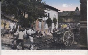 Ansichtskarte Erster Weltkrieg Landwirtschaftliche Arbeiten Dorfquartier / Kriegshilfe 219