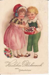 Ansichtskarte Glückwunschkarte Geburtstag Kinder mit Naschereien Pralinenschachtel 1927