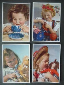 4 Ansichtskarte Kinder Mädchen mit Puppe Teddy / Carl Werner Verlag ca. 1940