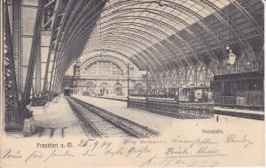 Ansichtskarte Frankfurt am Main Hauptbahnhof Halle Bahnsteig Eisenbögen 1904