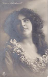 Ansichtskarte Foto Porträt Gudrun HIldebrandt Schauspielerin Tänzerin 1909