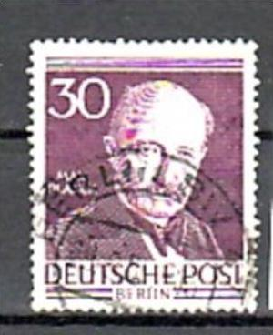 Berlin   Nr. 99   o  (o7454) siehe scan  !!
