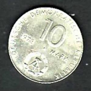 DDR   Münze  10,-Mark Weltraum    (x299 )siehe scan