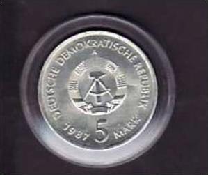 DDR  5 Mark Nikolei Viertel Berlin 1987  ( x164 ) siehe Bild