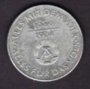 DDR   10 Mark  25 Jahre DDR   (x148 ) siehe Bild