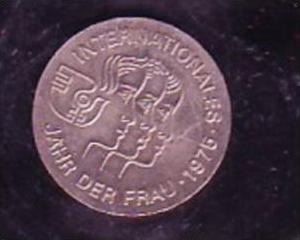 DDR Münze 5 Mark  J.d.Frau 1975  bankfrisch  (x423 ) siehe scan
