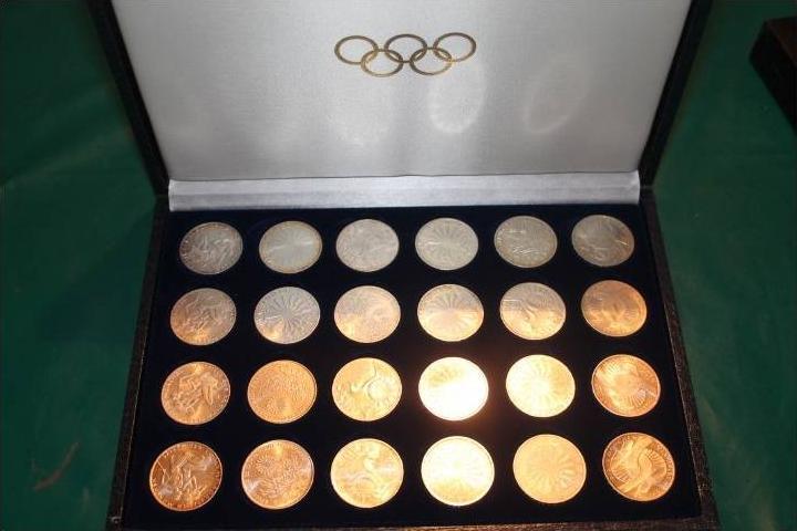 BRD  24 x10 D.-Mark Silber Olympiade  1972  kpl. vz/ bankfrisch in Schmuckschatulle(x1229)
