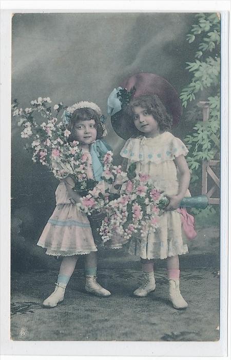 Thema Kinder   -Karte über 100 Jahre alt  (da3696 ) siehe scan !!