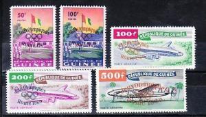 Guinea   49-53     **  (d9050 ) siehe scan