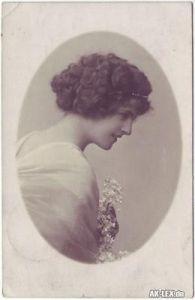 Frau Ovalporträt Ansichtskarte Fotokunst 1917 0