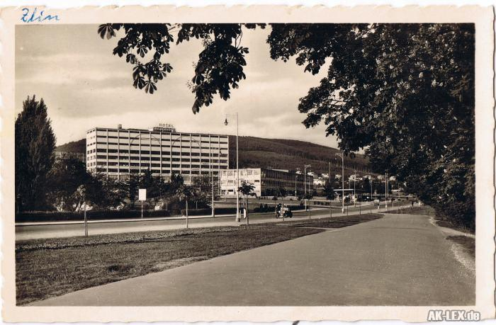 Zlin Geschäftshaus - Foto AK -gel. 1943
