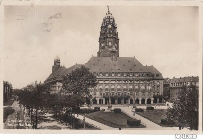 Dresden Foto AK Neues Rathaus gel. 1930