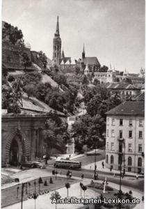 Budapest Clark Ádám Platz