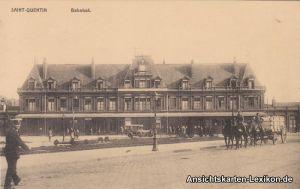 Saint-Quentin Partie am Bahnhof mit Soldaten
