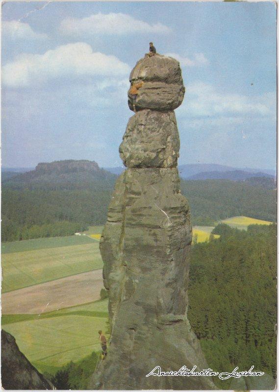 Pfaffendorf-Königstein Bergsteiger auf der Barbarine, Sächsische Schweiz 1970