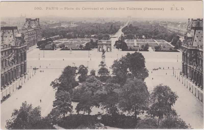 Paris Place du Carrousel et Jardins des Tuileries
