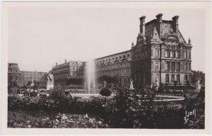 Paris Palais de Louvre et Jardin CPA Ansichtskarte 1965