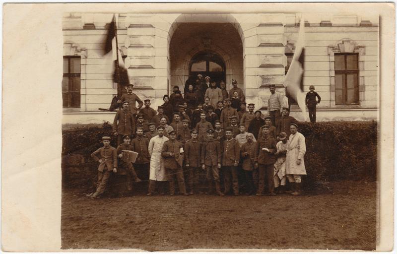 Militär/Propaganda Gruppenfoto aus Psary  Privatfoto AK Militaria 1915