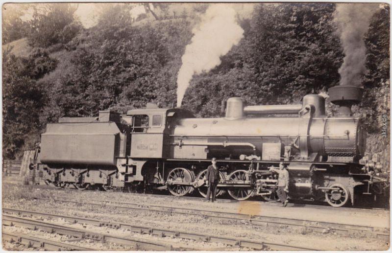 Lokomotivführer vor Dampflokomotive Privatfoto Ansichtskarte 1929