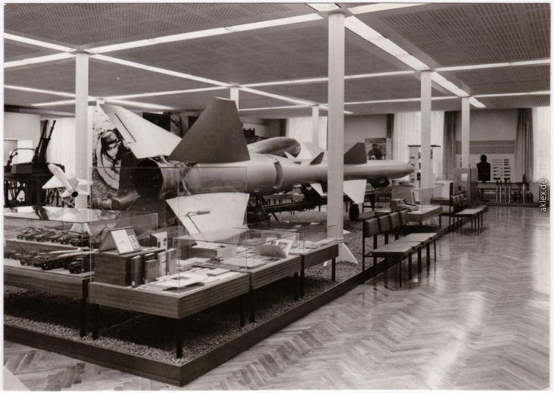 Albertstadt Dresden Flugzeugabwehrrakete Volksarmee DDR Armeemuseum 1974