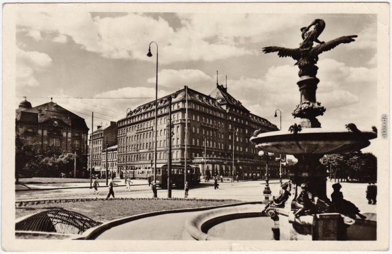 foto postcard pressburg bratislava platz und hotel carlton. Black Bedroom Furniture Sets. Home Design Ideas