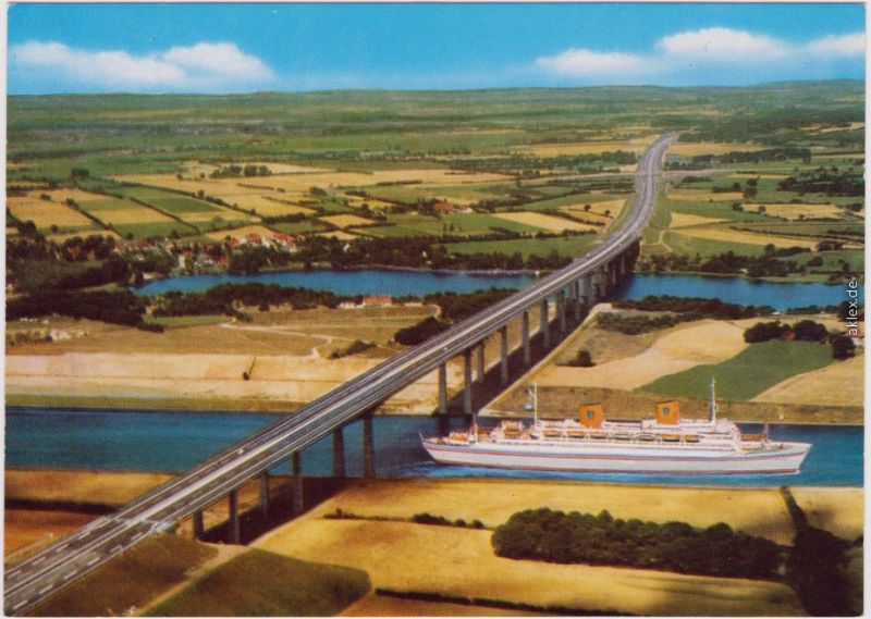 Hollstein Rendsburg, Autobahnbrücke (47m hoch) über den Nord-Ostsee Kanal 1985