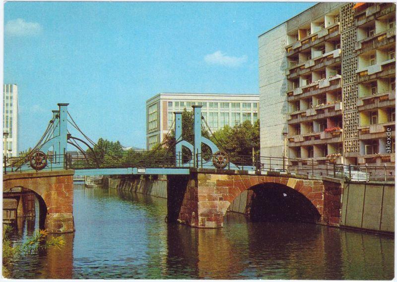 Mitte Berlin Jungfernbrücke  Straße Nicolaiviertel 1984