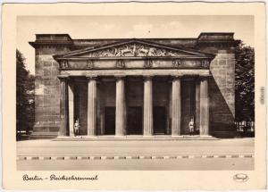 Mitte Berlin Reichsehrenmal - Heute Gedänkstätte der BRD   193
