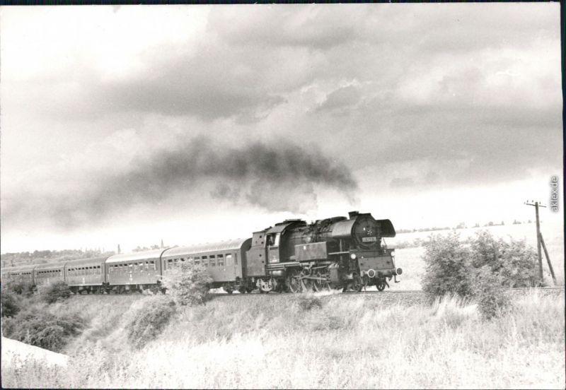 Dampflokomotive Typ:   Passagierwaggons Landfahrt Privatfoto 1983