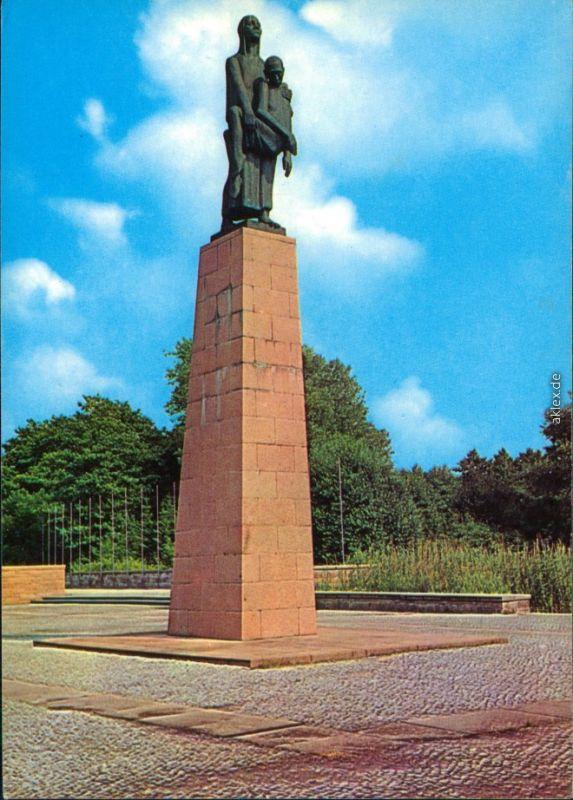 Fürstenwalde Gedenkstätte Konzentrationslager Ravensbrück: Monument   1978