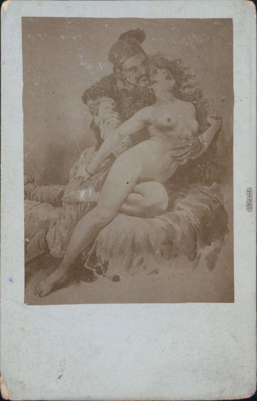 Ansichtskarte  Mann greift sich Frau (nackt) - Notzucht 1920