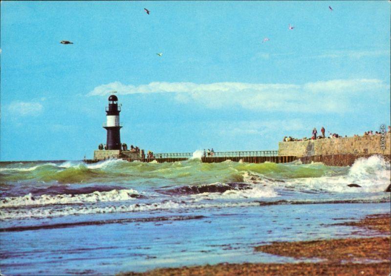 Ansichtskarte Warnemünde-Rostock An der Mole - Leuchtturm 1979