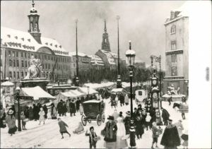 Dresden Striezelmarkt auf dem Neustädter Markt in Dresden um 1900 1982