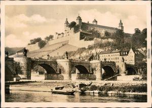Ansichtskarte Würzburg Alte Mainbrücke mit Festung Marienberg 1954