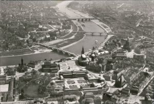 Dresden Luftbild von Oben, Altstadt und Neustadt g1945/1981