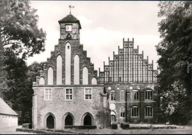 Ansichtskarte Kloster Zinna-Jüterbog Gästehaus Alte und Neue Abtei 1977