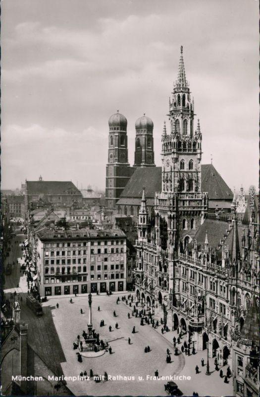 Ansichtskarte München Rathaus mit Frauenkirche 1950