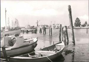 Ansichtskarte Karlshagen Hafen mit Booten 1982