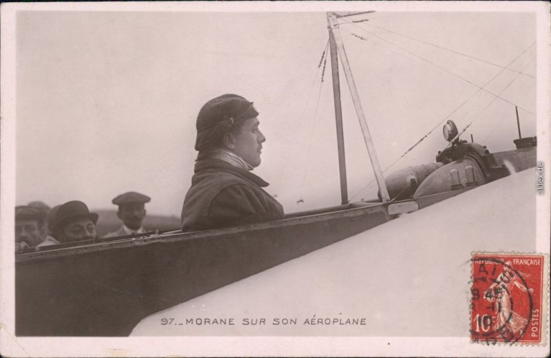 Ansichtskarte  Morane sur son Aeroplan - Flugzeug Vintage Postcard CPA 1910