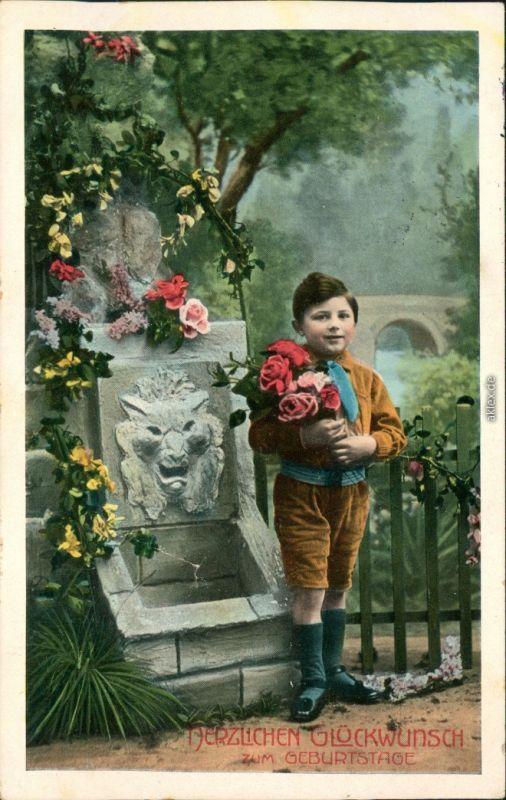 Ansichtskarte  Glückwunsch/Grußkarten: Geburtstag, Junge mit Blumen 1912